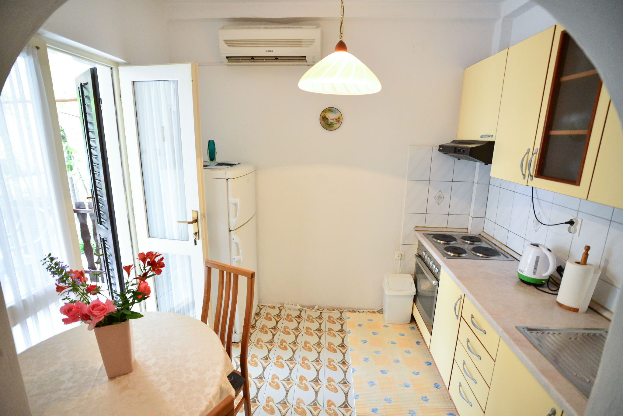 Apartment Studio (A1)   Apartments Bobo